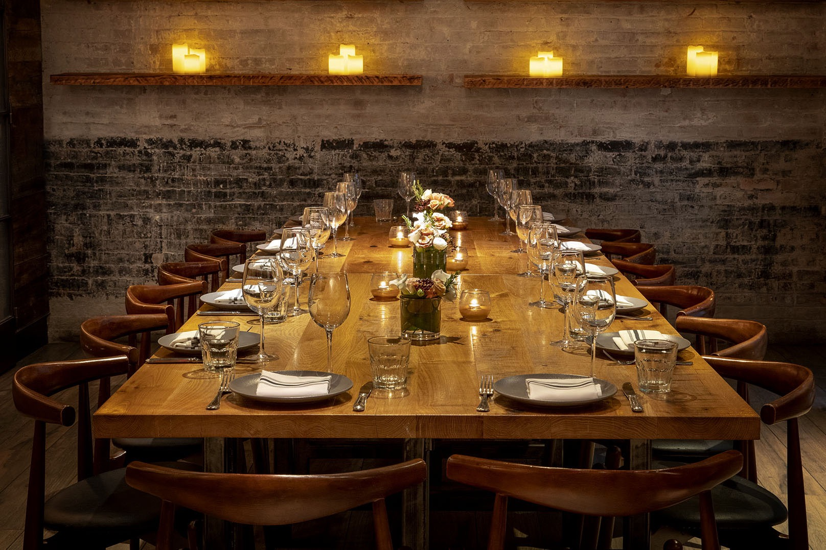 A dining table in a private dining room at the restaurant Covina.